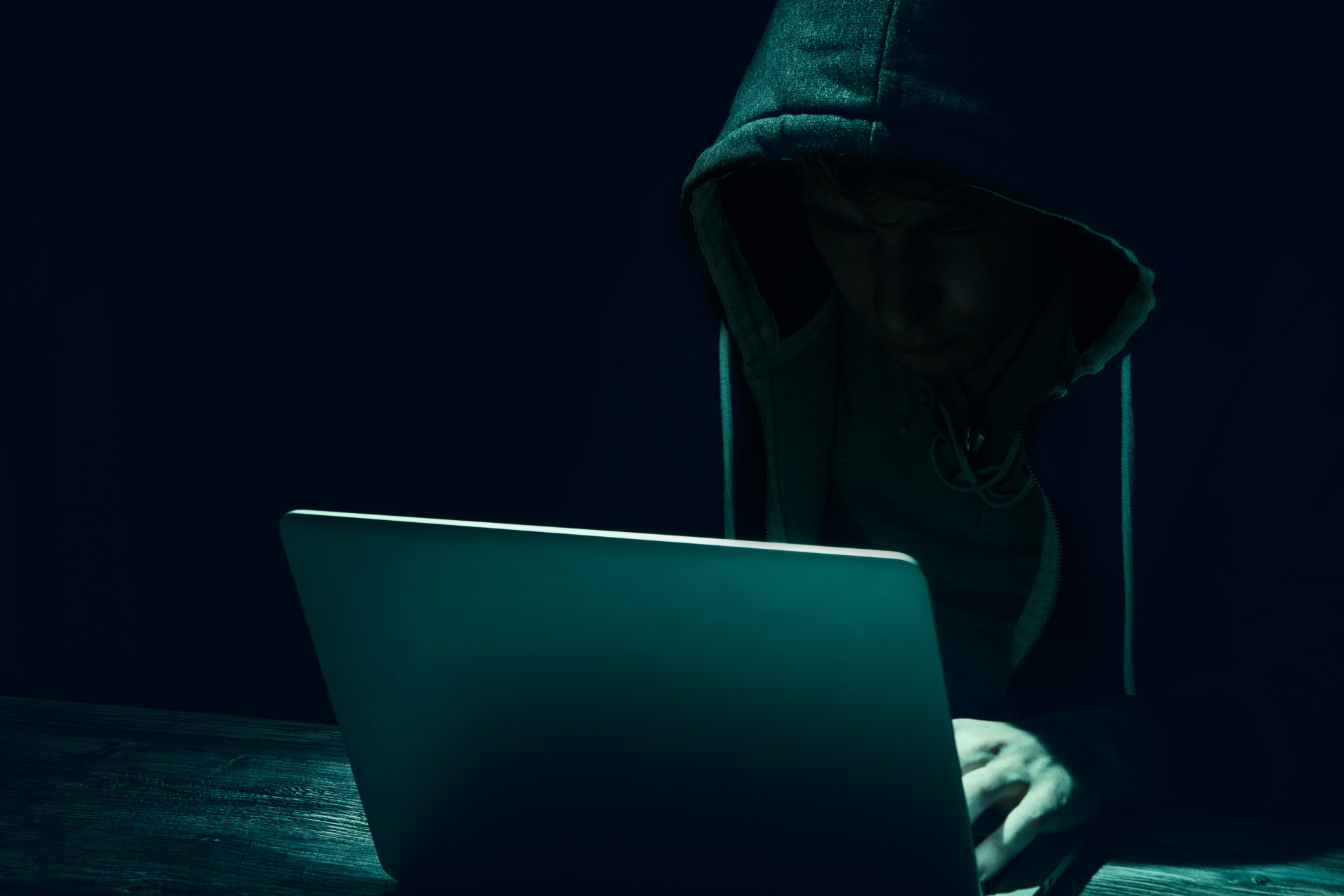 Under the hood of a common phishing scam